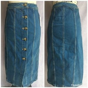 Pilcro denim pencil skirt button front size 4